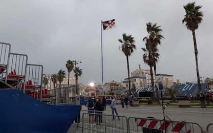Maltempo: pioggia e vento, Carnevale di Viareggio si ferma