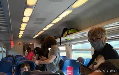 Fase 3: treno è affollato, 4 ore e mezza da Milano a Genova