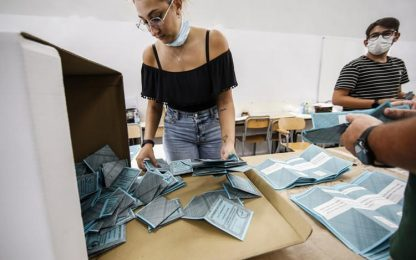 Regionali: in Liguria Covid non ferma l'affluenza ai seggi