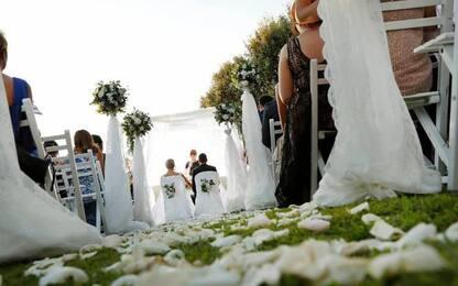 Matrimonio con uomo morente, prete rischia condanna a 16 mesi