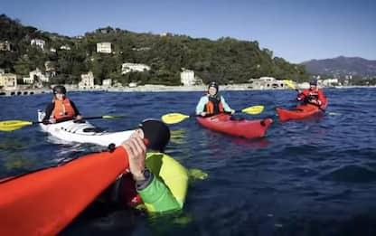 Ambiente:'granchi umani'puliscono mare Portofino da plastica