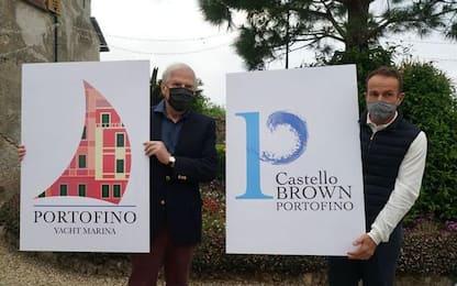 Portofino rifà i loghi della Marina e di Castello Brown