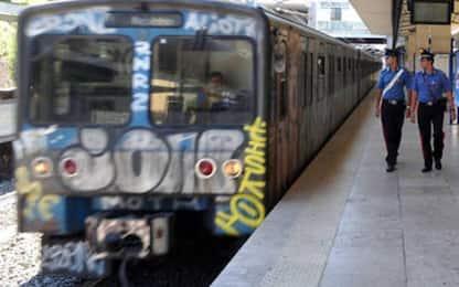 Denunciato 'l'uomo che frenava i treni', l'incubo dei pendolari