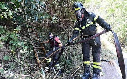 Incendio in area agricola, trovato corpo bruciato di un uomo
