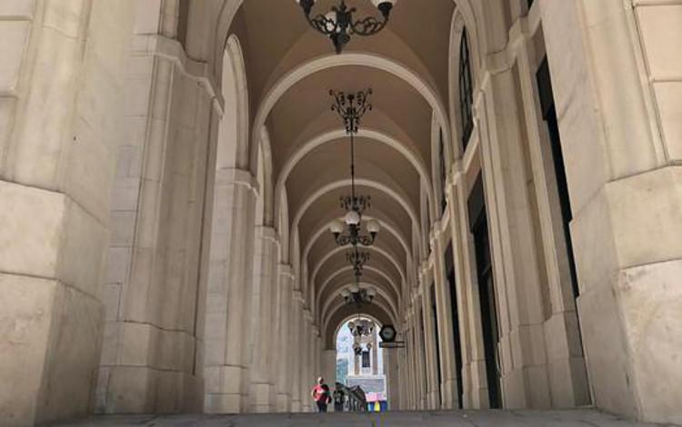 L Aquila Riaperto Tratto Portici Piazza Duomo Via Tre Marie Sky Tg24