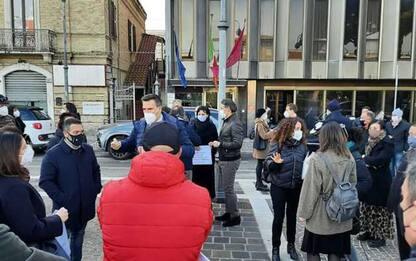 Zona rossa, commercianti protestano a Pescara, discriminati