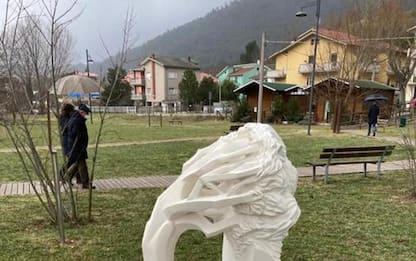 'Bosco dei Giusti' a Bussi, omaggio a medico caduto per Sars