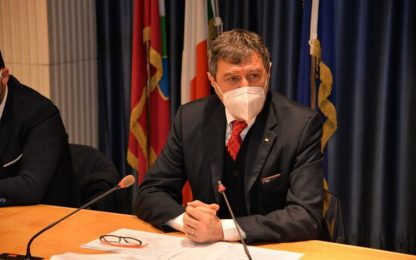 Covid: Marsilio, dati certificano zona gialla per Abruzzo