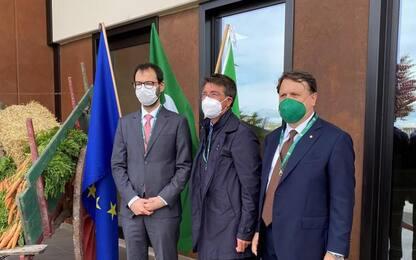 Ministro Patuanelli visita aziende Confagricoltura Abruzzo