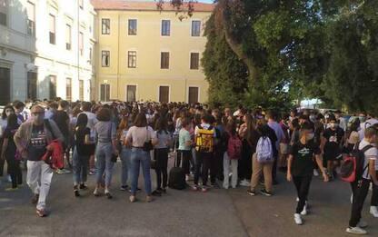 Scuola:sciopero studenti liceo scientifico,disagi per orari
