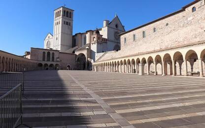 Finiti test frati Assisi, 18 positivi
