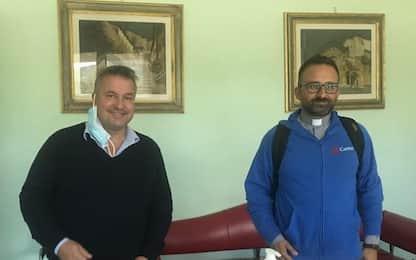Farma service dona mascherine a Caritas
