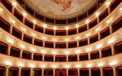 Teatro Illuminati a disposizione gratis per gli spettacoli