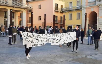 Dpcm: nel centro storico di Potenza una protesta pacifica