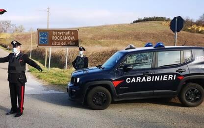 Marito la picchia, lei si rifugia dai Carabinieri: arrestato