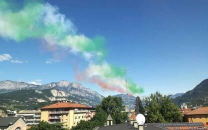 Passaggio delle Frecce Tricolori sopra Trento