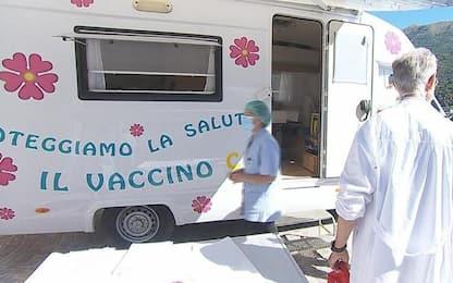 Covid: Trentino, prima tappa del camper vaccinale