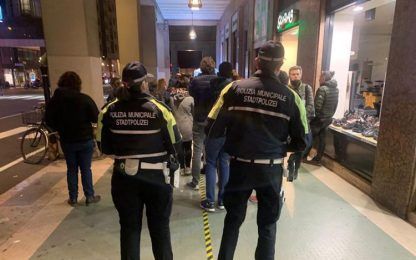 Green pass: vigili intervengono per chiudere coda a Bolzano