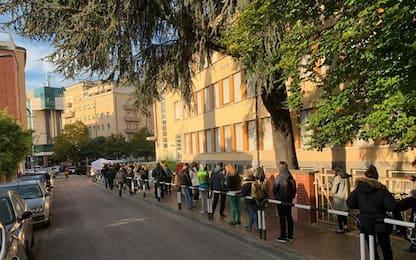 Green pass: ancora lunghe code a Bolzano