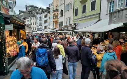 'Invasione' pacifica di turisti tedeschi a Bolzano
