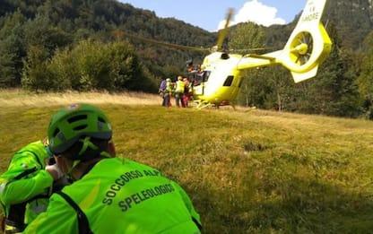 Incidenti montagna: si rompe appiglio, precipita e muore