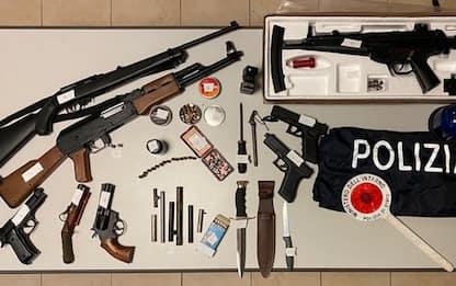 Arsenale nascosto in casa, arrestato 60enne a Muggia