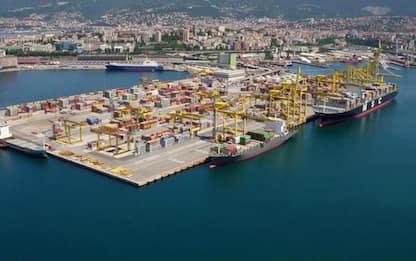 ++ Piattaforma logistica Trieste: Hhla primo azionista ++