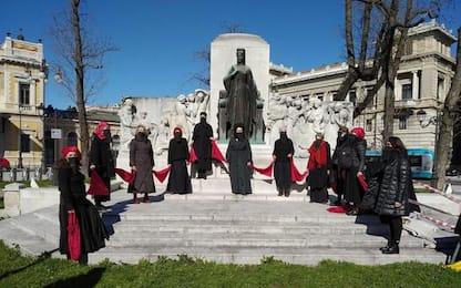 Migranti: in sacchi di spazzatura, manifestazione a Trieste