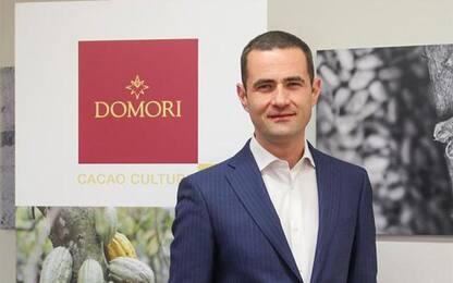 Domori (R.Illy) cambia strategia e contiene Covid (-306mila)