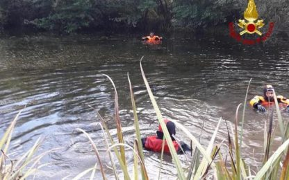 Incidenti stradali: auto nel torrente, muore conducente