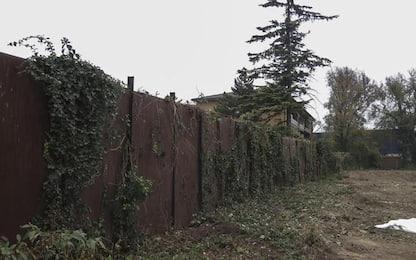 A Padova abbattuto 'muro Via Anelli', simbolo del degrado