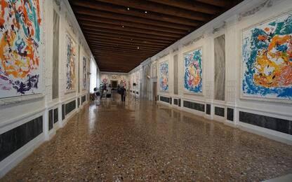 """""""Archinto"""" di Baselitz a Venezia,dipinti fluidi come l'acqua"""