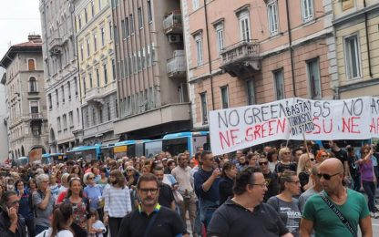 Covid: corteo no-vax, in 4.000 paralizzano traffico Padova
