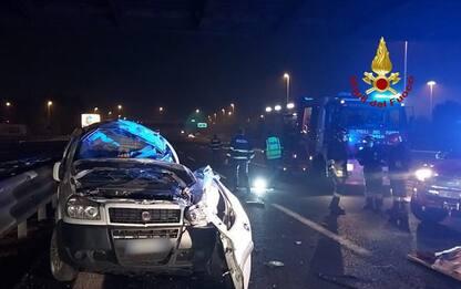 Incidente in A4, un morto e una donna ferita