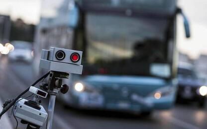 Cassazione:autovelox su auto vigili deve essere segnalato