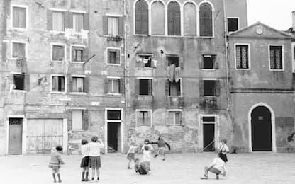 Fotografia: a Querini Stampalia archivi Smith e Ferrigno