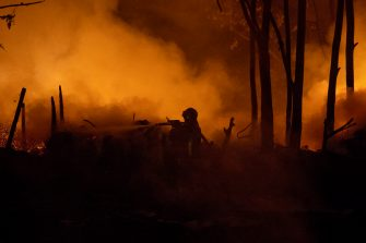 Foto Carlo Lannutti/LaPresse 26-04 - 2019 Roma, Italia Cronaca. Incendio ex baraccopoli via Collatina-Palmiro Togliatti Nella foto: Il luogo dell'incendio