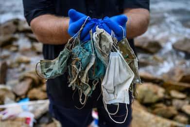 Ambiente, 14 milioni di tonnellate di plastica in fondo agli oceani