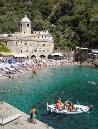 Italy, Liguria: fishing village of Camogli
