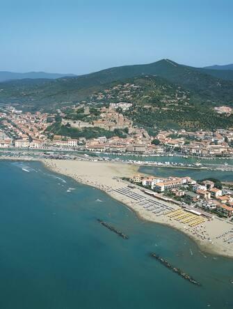 UNSPECIFIED - JULY 23:  Aerial view of a coastline, Castiglione della Pescaia, Tuscany, Italy  (Photo by DEA / G. GNEMMI/De Agostini via Getty Images)