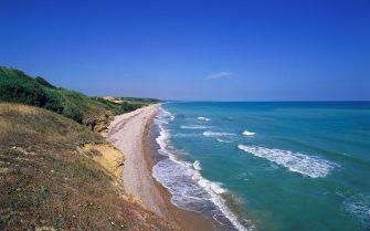 ITALY - APRIL 28: The coast of Vasto at Punta Aderci Regional Nature Reserve, Abruzzo, Italy. (Photo by DeAgostini/Getty Images)