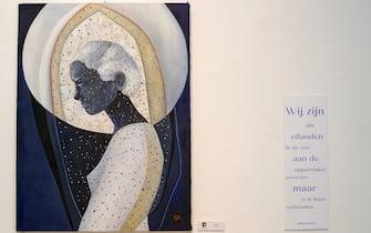 """Un'opera che si trova alla mostra """"Il mare chiama chi ama ilmare"""", a Sorrento"""