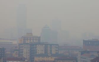 Una veduta di Brescia dove, insieme con Bergamo, c'è il tasso di mortalità da particolato fine (PM2.5) più alto in Europa, 20 gennaio 2021.  ANSA / Filippo Venezia