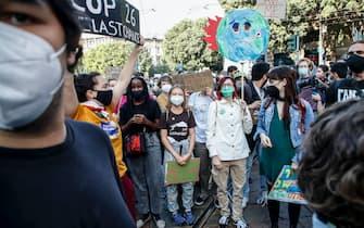 Greta Thunberg e Vanessa Nakate alla manifestazione di Milano