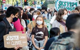 Greta Thunberg e i giovani della manifestazione Fridays for future a Milano