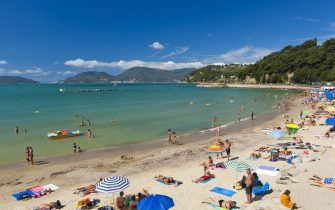Tourists on the beach at Lerici.