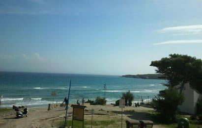 Otranto, giovane coppia muore in mare nella baia dei Turchi