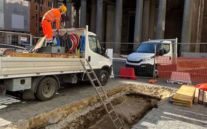 Pantheon, a Roma riportata alla luce l'antica pavimentazione