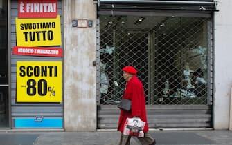 Corso Buenos Aires deserta, negozi e bar chiusi, ,Milano, Italia12 Marzo 2020. ANSA/Andrea Fasani