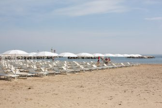 A general view of the beach in Cesenatico, Italy, 23 May 2020. Italy's most popular beaches, in Sardinia, at Rimini and on the Ligurian Riviera, reopened as Italy is gradually easing lockdown measures implemented to stem the spread of the SARS-CoV-2 coronavirus that causes the COVID-19 disease. ANSA/Max Cavallari